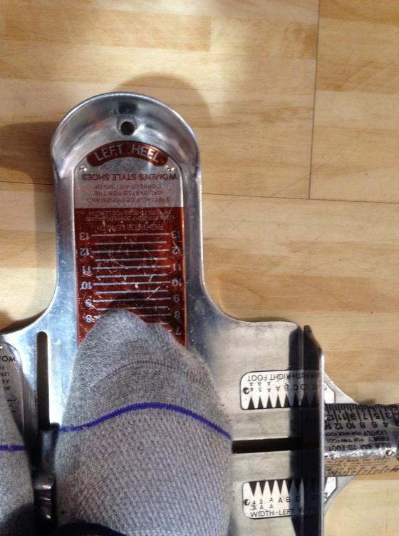Right foot (AVM leg)